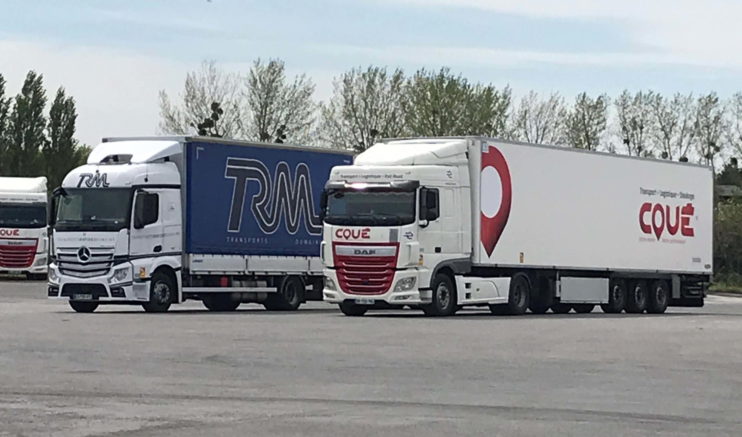 Ensemble Camion Transports Coué & TRM